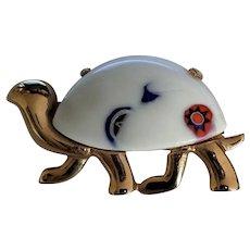Eisenberg Glass Turtle Pin