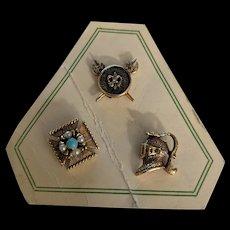 Vintage Heraldic Tac Pin set on Original Card