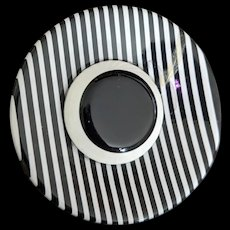 Black and White Laminated Lucite Wide Brimmed Hat Pin