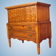 Tavern Cabinet Console Buffet Bar Server End Side Table Nightstand Chest of Drawers
