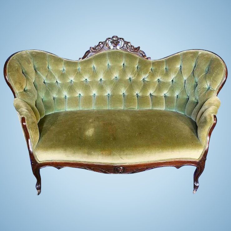 Antique Sofa Loveseat: Victorian Loveseat Antique