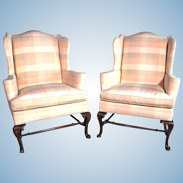 Incredible Pair 2 Hickory Chair Nc Queen Anne Wing Back Armchair Settee Loveseat Sofa Bed Gmtry Best Dining Table And Chair Ideas Images Gmtryco