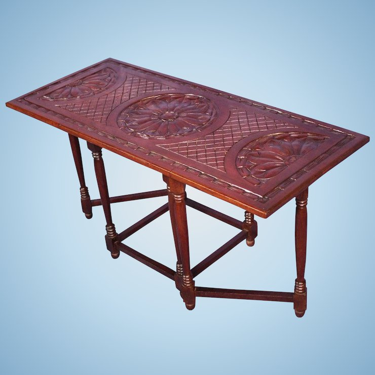 Merveilleux Hand Carved Mahogany Drop Leaf Gateleg Table Vintage Modern Console Side  Coffee