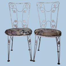 Vintage Pair 2 Iron Leaf Design Painted Patio Outdoor Side Chairs Set Antique