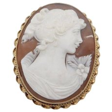 Solid Vintage 14K Yellow Gold Large Oval Cameo Pin/Brooch/Pendant