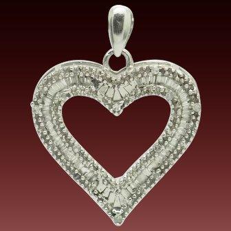 1990's Vintage 10K White Gold 0.50ctw H-SI Round & Baguette Diamond Open Heart Dangle Pendant
