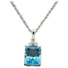 """1990's Vintage 10K White Gold 3.90ctw Emerald Blue Topaz w/Diamond Accents Pendant Necklace-18"""""""