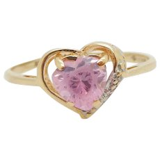 1980's Vintage 10K Yellow Gold 0.75ctw Heart Cut Pink Topaz w/Diamond Accents Band Ring 7