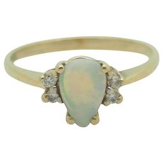 10K Yellow Gold 0.80ctw Pear Cut Opal Gemstone w/Diamond Accents Band Ring 6