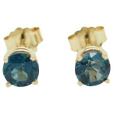 Solid JCR 14K Yellow Gold 1.00cttw Round Cut Blue Topaz Stud Earrings