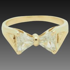 Solid 14K Yellow Gold 1.50cttw Triangle Cubic Zirconia Bow-Tie Band Ring 7