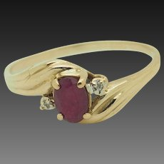 14K Yellow Gold Oval Red Ruby Solitaire w/Round Natural Diamond Accents Engagement Ring 8.5