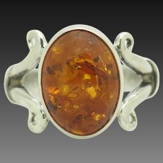 Solid Vintage Sterling Silver/925 Oval Baltic Amber Cocktail Ring 5.25