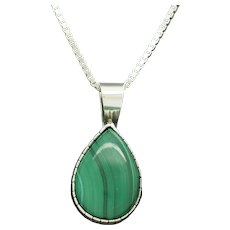 1980's Vintage Solid Sterling Silver/925 Pear Cut Green Malachite Pendant Box Link Necklace-18""