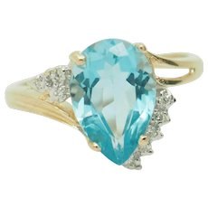 1980's Vintage Solid 14K Yellow Gold 3.05ctw Pear Cut Blue Topaz Solitaire w/Diamond Accents Ring 7