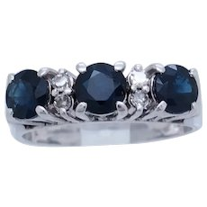 1990's Vintage 14K White Gold 1.12ctw Round Cut Natural Sapphire w/Diamond Accents Band Ring 6