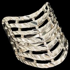 1990's Vintage Solid Sterling Silver 925 Wide Shield Filigree Statement Ring 7