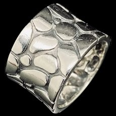 1990's Vintage Sterling Silver 925 14mm Wide Cobblestone Concave Band Ring 7.75