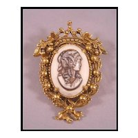 Florenza Cameo with Crown Setting