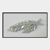 Elegant Feather Shaped Clear Rhinestone Pin