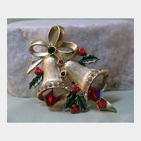 Very Pretty Double Bells Christmas Pin