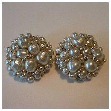 Gorgeous Coppola e Toppo Baroque Pearl Earrings