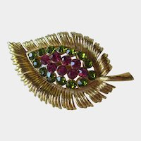 Leaf Pin Brooch Gold-tone Olivine and Fuchsia Rhinestones