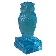 Degenhart Sapphire Owl Figurine on Books Signed