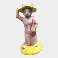 Sightseer Bunnykins Royal Doulton / Bunnykins DB215 / Collectible Figurine / Royal Doulton