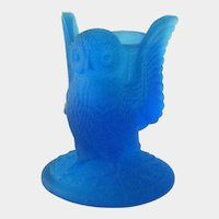 Westmoreland Blue Satin Owl Toothpick Holder / Vintage Westmoreland / Toothpick Holder
