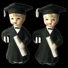 Graduate Boys Salt and Pepper Shakers / Vintage Kitchenwarer / Vintage Shakers / Collectible Shakers