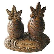 Treasure Craft Souvenir Pineapple Salt and Pepper Shakers / Vintage Kitchenwarer / Figural Shakers / California Souvenir