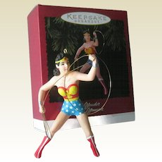 Wonder Woman 1996 Hallmark Ornament / Vintage Wonder Woman / Vintage Christmas / Christmas Decor