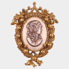 Florenza Cameo with Crown Setting - Vintage Costume Jewelry - Designer Brooch
