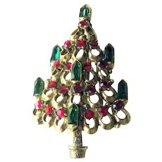 Rare Hollycsraft Candle Christmas Tree Pin