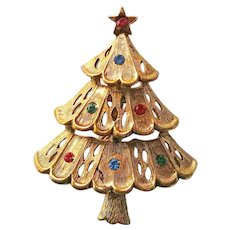 JJ Christmas Tree Pin / Tree with Rhinestones / Collectible Tree Pin