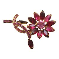 Red Pink Rhinestone Flower Pin / Vintage PIn / Collectible Costume Jewelry