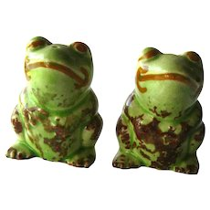 Frog Salt and Pepper Shakers / Vintage Shaker Set / Collectible Salt Pepper