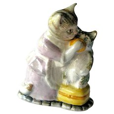 Beatrix Potter Tabitha Twitchit and Miss Moppet / Beswick Figurine / English Porcelain