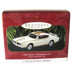 Hallmark Ornament 1969 Hurst Oldsmobile 442 - Collectible Ornament - Christmas Decor