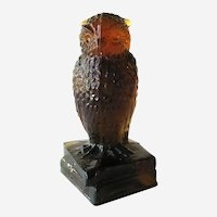 Degenhart Dark Amber Glass Owl / Figurine on Books Signed / Collectible Glass