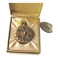 Mary Chess Solid Perfume Holder - Tapestry Perfume - Watch Style Case with Cameo