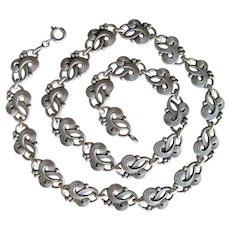 Vintage 800 Silver Art Deco Necklace - Gorgeous Swirl Design