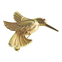 Hummingbird Pin - Gold-tone Hummingbird - Hummingbird in Flight
