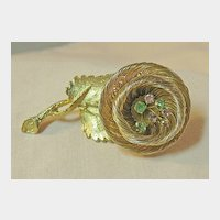 Lovely Gold-Tone Wirework Flower Pin with Rhinestone Accents