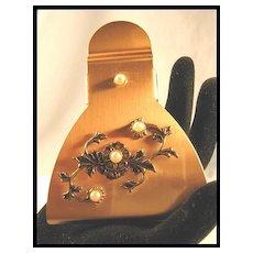 Large Decorative Desk or Vanity Clip