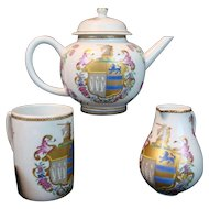 18th Century Style TEA SET Mottahedeh Chinese Export Armorial  Teapot; Vista Alegre