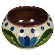 Torquay Devon Pottery Motto Ware sugar bowl