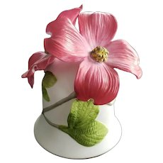 Bell Flowering Pink Dogwood Bone China  Jeanne Holgate  1983 The Franklin Mint