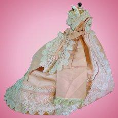 Wonderful and luxury all original pink silk Ballgown Napoleon III era.